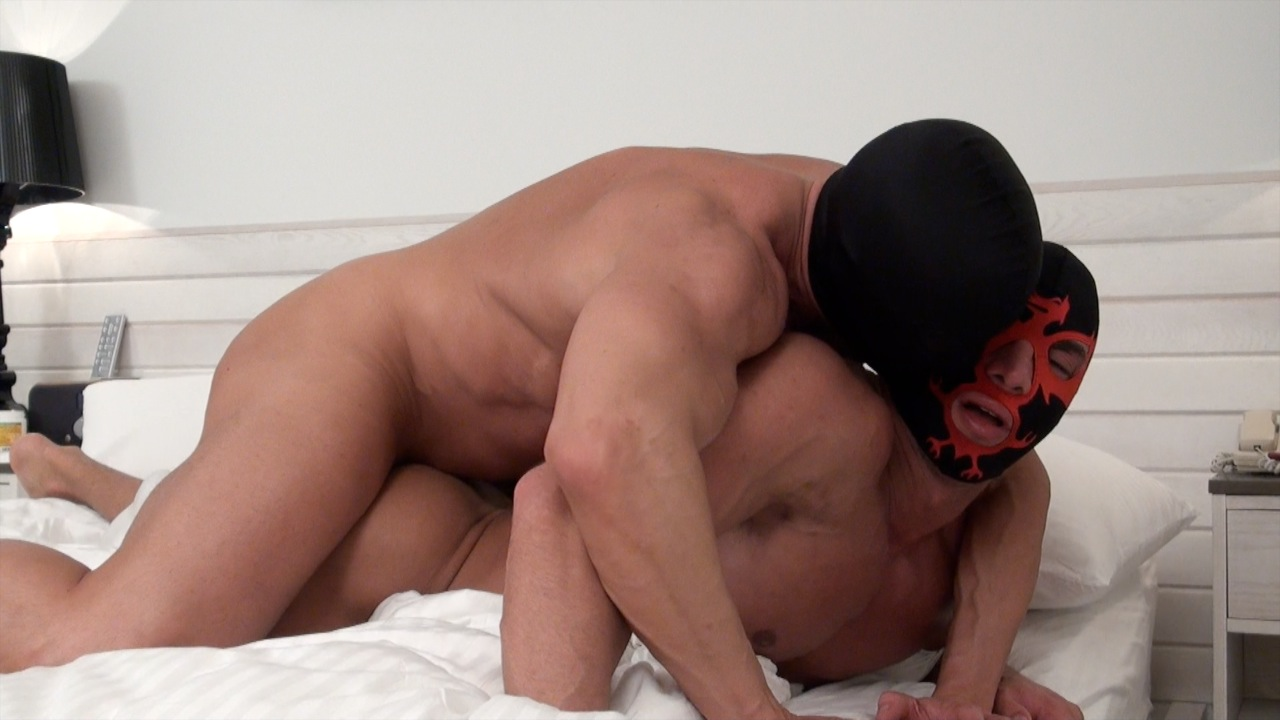 Boss and Anthony kick it again! Boss works miracles to distract Anthony from the pain of a leg workout by massaging his legs with his hands and his prostate with his fingers and dick